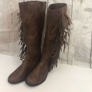 Rampage Fringed tall boot brown with zipper